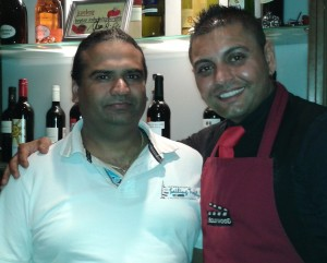 Happy und Sandhu Singh